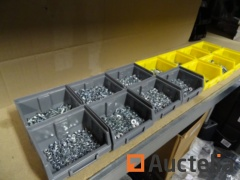 14 bins washers, nuts, nylblock nuts, blind, small bouten (different diameters)