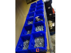 14 bins with fasteners, bouten, nuts, blind nuts, washers, hex screws, machine buttons