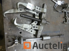 2-pulley-wrenches-1049887G.jpg