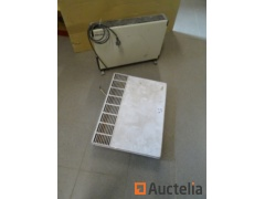 2 Radiators with thermostat (Philips and Cebec)