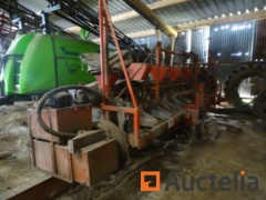 2 row Seeder Cavero Tanq with transport trolley