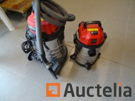 2-vacuum-cleaners-for-water-and-dust-einhell-tc-vc-1820-s-tc-vc-1930-sa-966424G.jpg