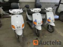 3 Scooters (for parts) Piaggio Zip