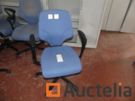 30-office-chairs-with-castors-and-armrests-giroflex-64-989917G.jpg