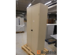 4 Metal Cabinets