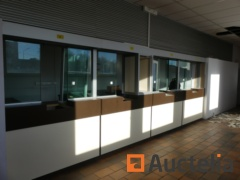 4 secure counters with armored windows