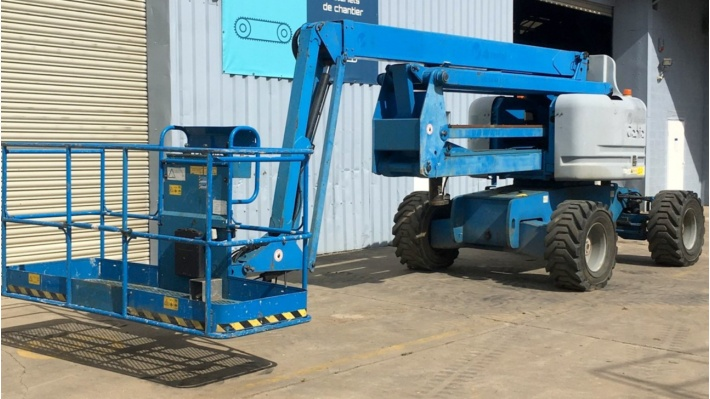 Forklifts, telescopic platforms