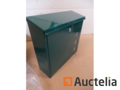 Green Metal Design Mailbox