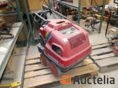 High pressure cleaner Universe DS 1610 M hot water