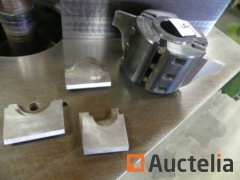 JUHDO Tool holder for toothed knives