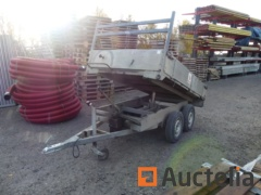 Manual tipping double axle trailer