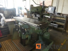 Metal milling machine + hand tools and cabinets