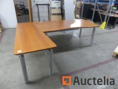 Office table metal feet, wooden shelf with 2 drawer units