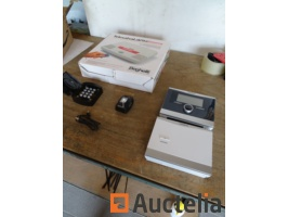 safety-system-salvalavita-home-thermostat-vaillant-calormatic-370-f-small-keypad-with-code-small-camera-961582G.jpg