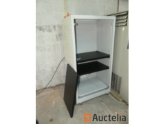 Technical cabinet on wheels