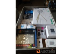Various hardware items (store value +/-€690)