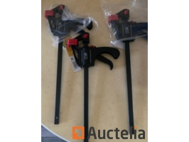 3-colliers-adhesifs-a-portee-rapide-300-mm-897634G.jpg