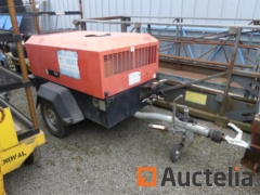 Compresseur hydraulique tractable Ingersoll-Rand R1074F