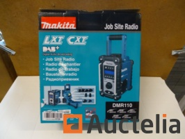 radio-de-chantier-dab-makita-dmr110-ip64-920701G.jpg