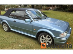 Voiture ancetre ford escort xr3i cabrio 1.6 injection 110cv 12/1989