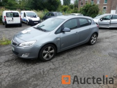 Voiture Opel Astra (2011 - 45000 km)